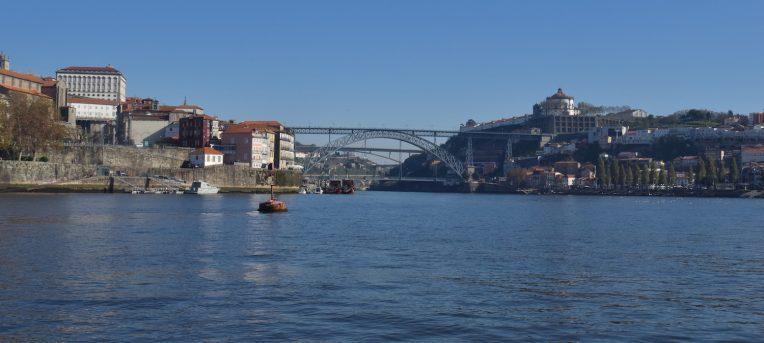 História e produção do Vinho do Porto: tipos e onde encontrar