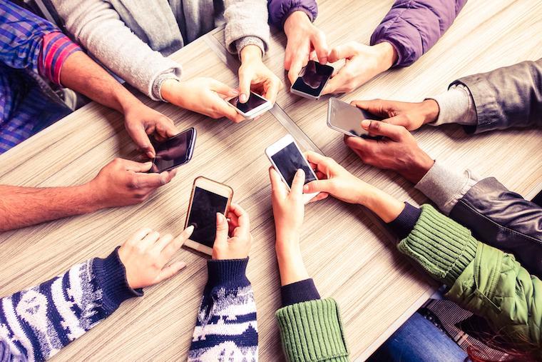 Celular na Europa sem roaming