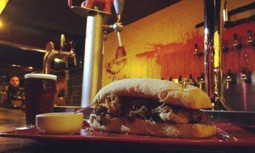 6 bares em Porto Alegre: onde beber