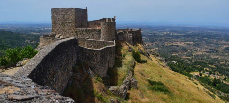 10 castelos de Portugal para você se sentir numa viagem no tempo