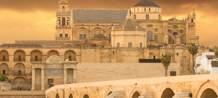 A Mesquita-Catedral de Córdoba, uma joia da arquitetura árabe na Espanha