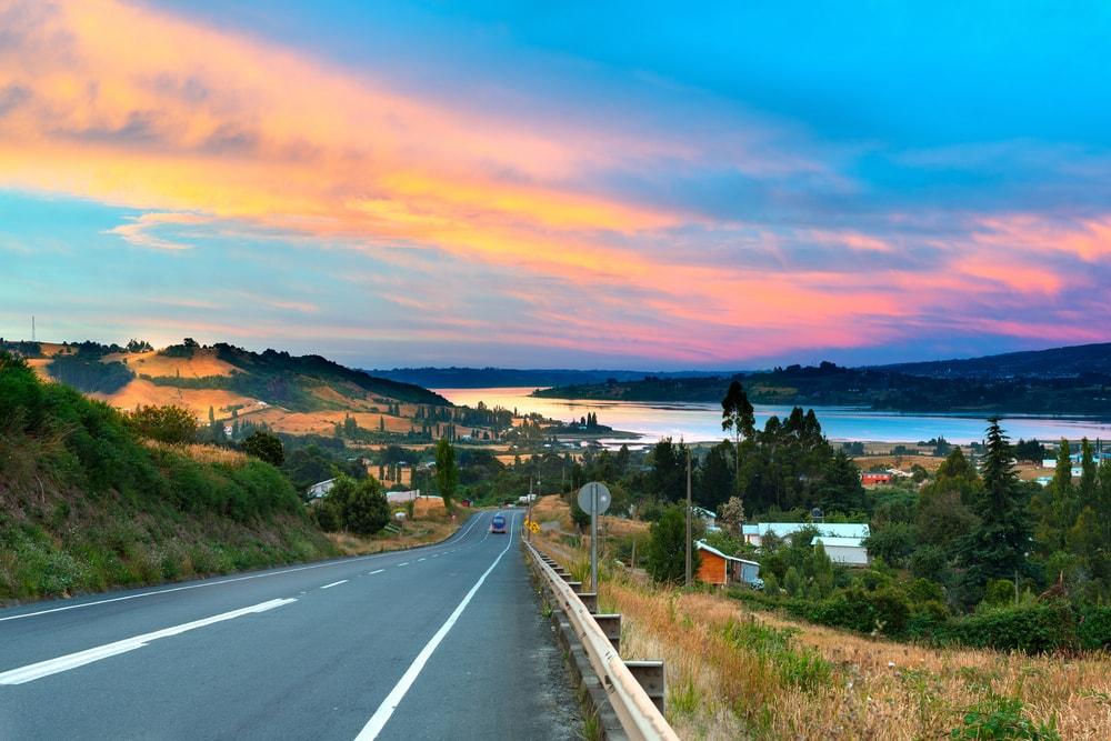 Estrada em Chiloé, Chile