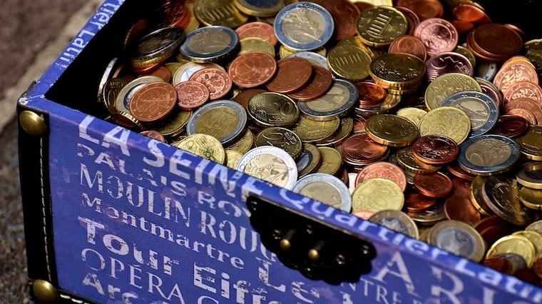 Levar dólares ou euros
