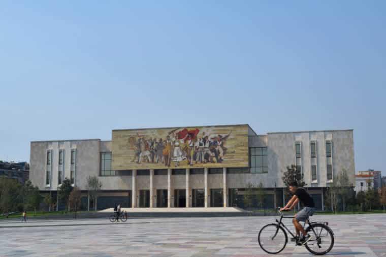 tirana albania museu