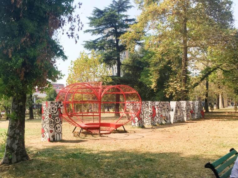 tirana albania parque