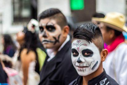 Crítica social e arte marcam a história das caveiras mexicanas
