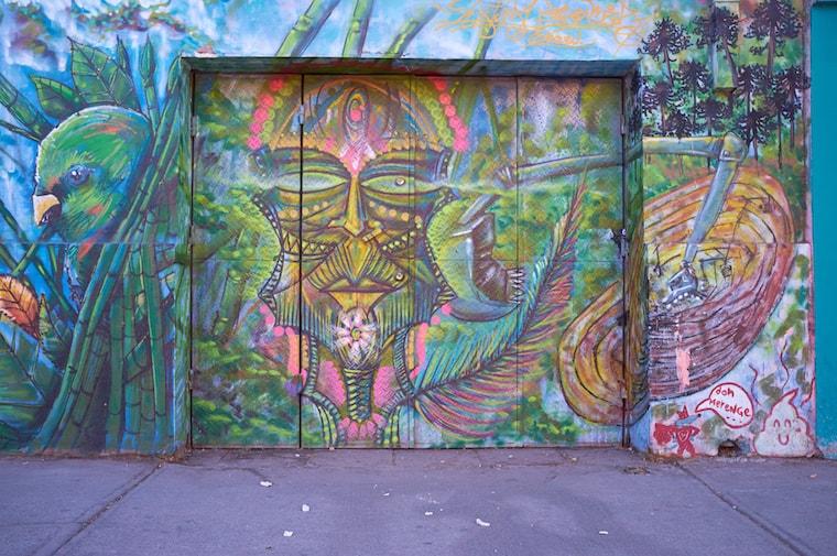 Grafite no bairro Bella Artes, uma galeria a céu aberto em Santiago do Chile