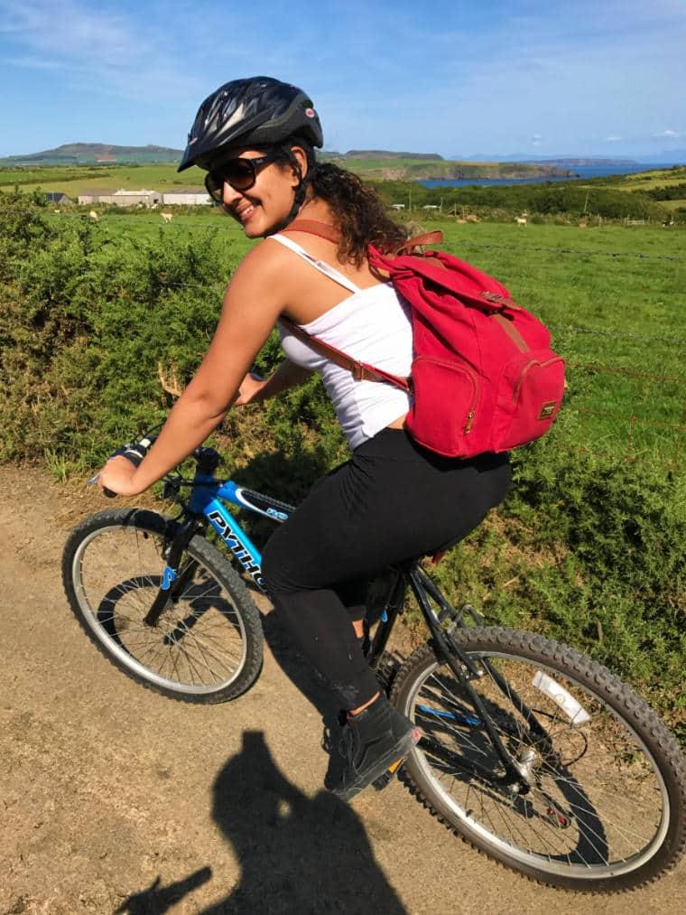 pais de gales turismo luiza bicicleta