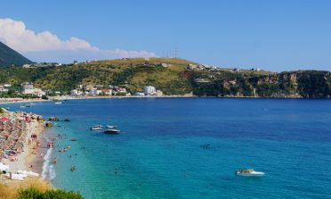 Ksamil e as praias da Riviera Albanesa: guia de viagem
