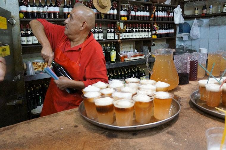 Terremoto, drink tradicional em Santiago do Chile