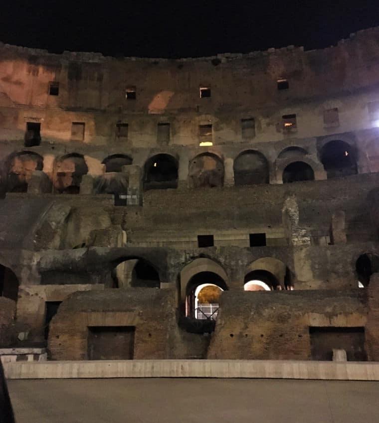 visita noturna coliseu arena