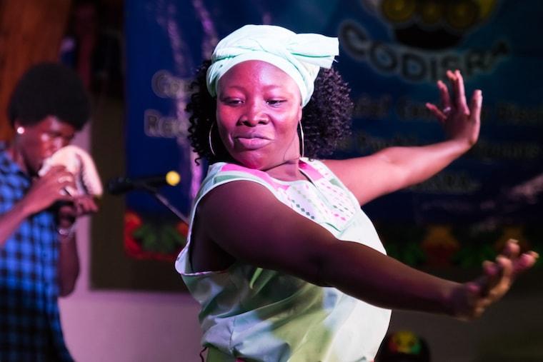 Bailarina Garífuna de Honduras