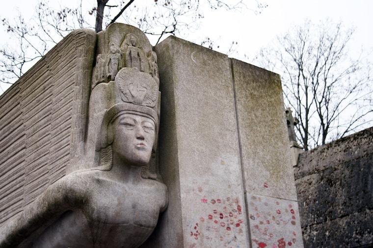 Túmulo de Oscar Wild em Paris