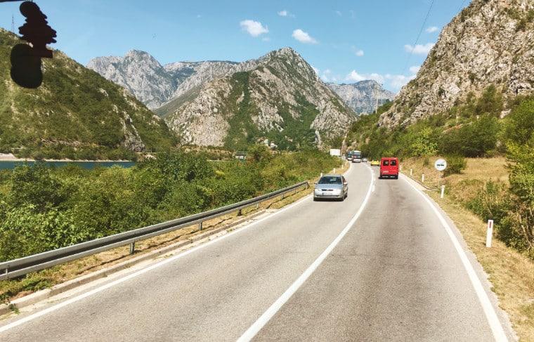 mostar bosnia herzegovina estrada para sarajevo