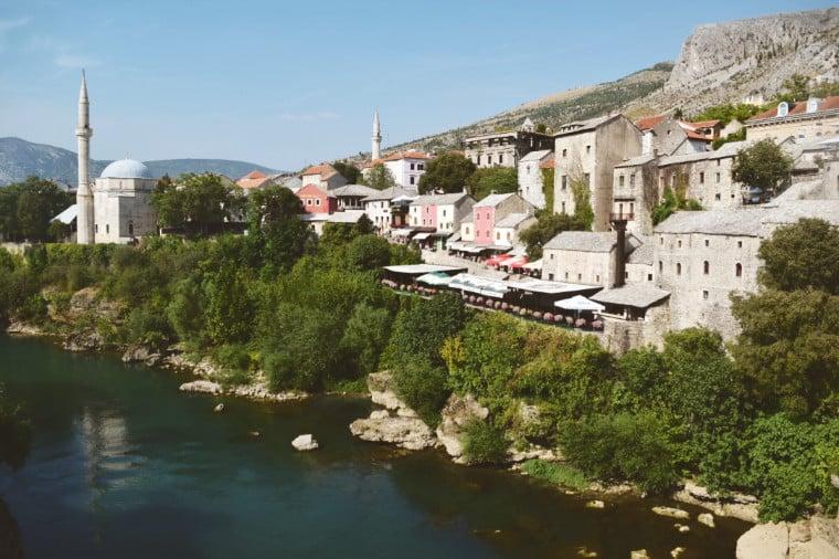 mostar bosnia herzegovina rio e mesquita