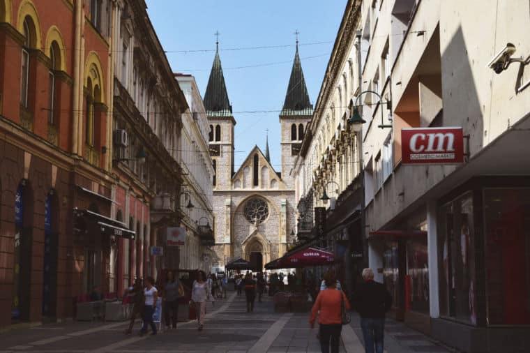 o que fazer em sarajevo bosnia igreja