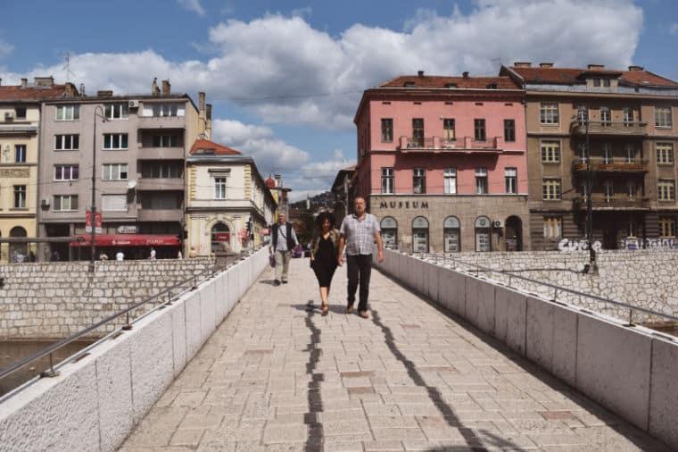 o que fazer em sarajevo bosnia ponte latina