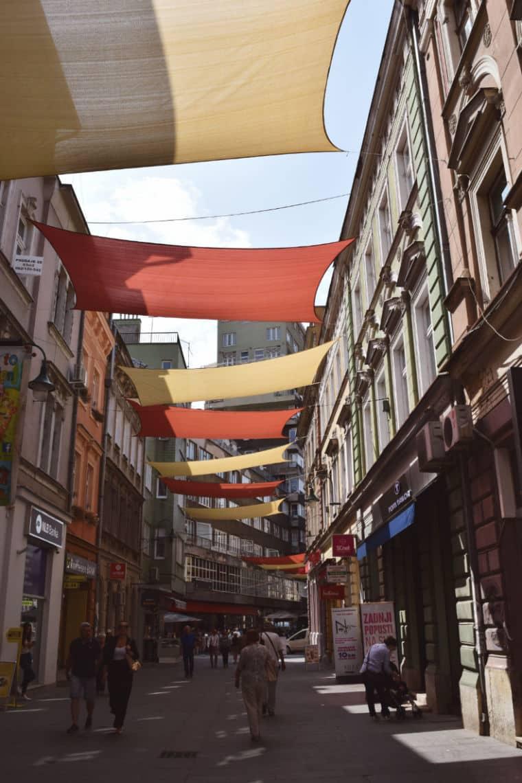 o que fazer em sarajevo bosnia rua