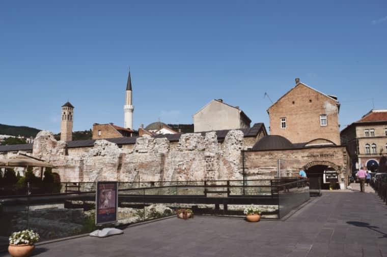 o que fazer em sarajevo bosnia ruínas