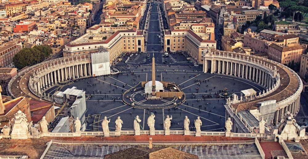 obelisco praca de sao pedro vaticano roma