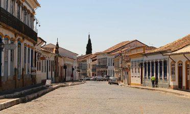 Igrejas, casarões e história em São João del-Rei