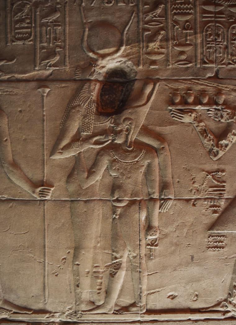aswan egito templo de philae deusa isis destruida