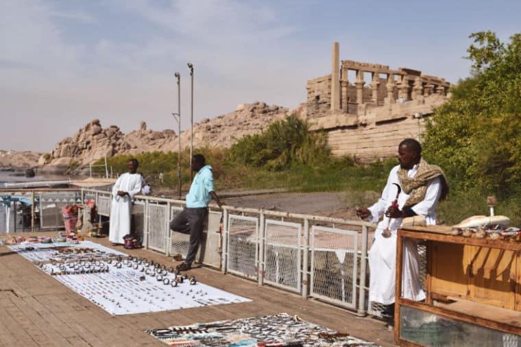 aswan egito templo de philae isis suvenirs