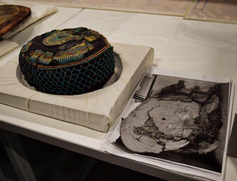 museu no egito chapéu
