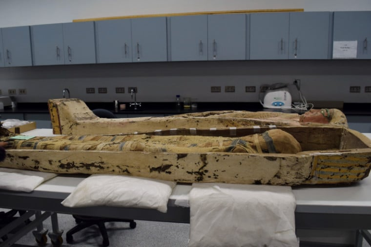 museu no egito mumia