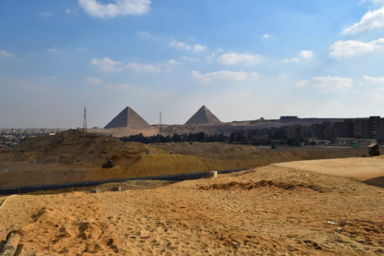 museu no egito vista piramides