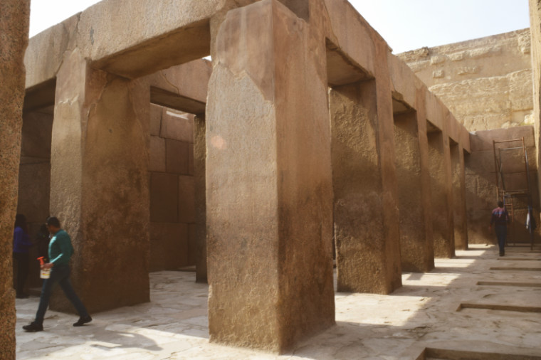 piramides do egito templo do vale