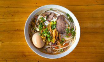 6 pratos típicos da culinária chinesa