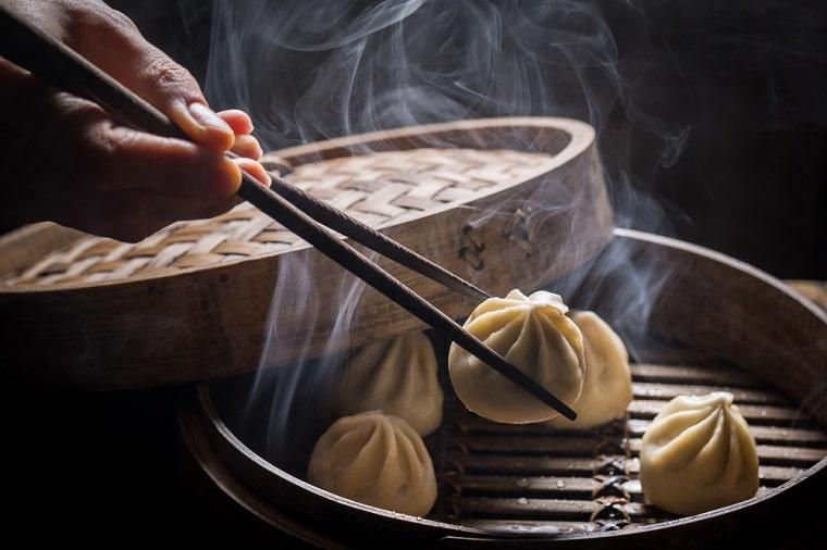 pratos típicos da China dumplins