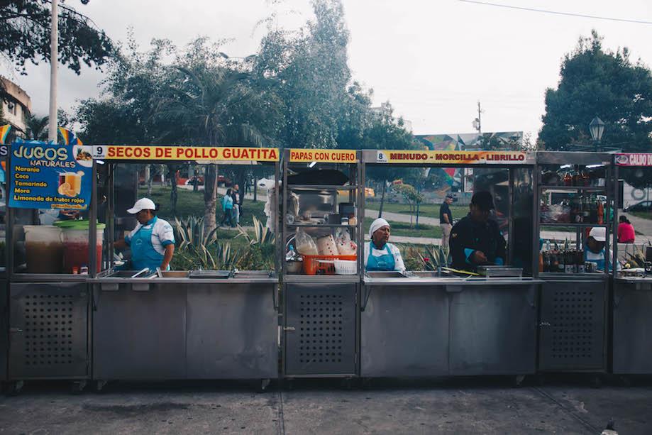Parque de las tripas, Quito: barraquinhas de comida de rua vendem miúdos no Equador
