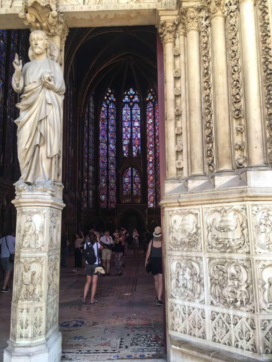 sainte-chapelle paris detalhes esculturas