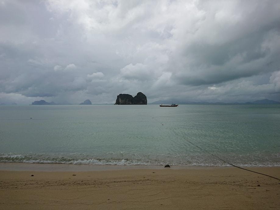 Ilha na província de Trang, Tailândia