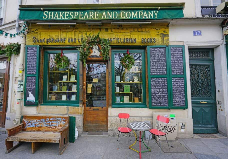 Shakespeare and Company livraria paris sebo