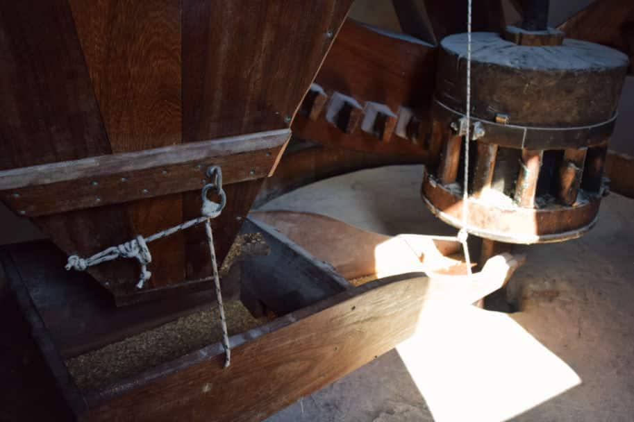 como funciona um moinho de vento farinha