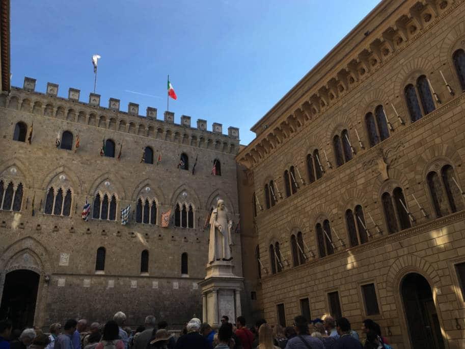 Siena Italia o que fazer palazzo Salimbeni