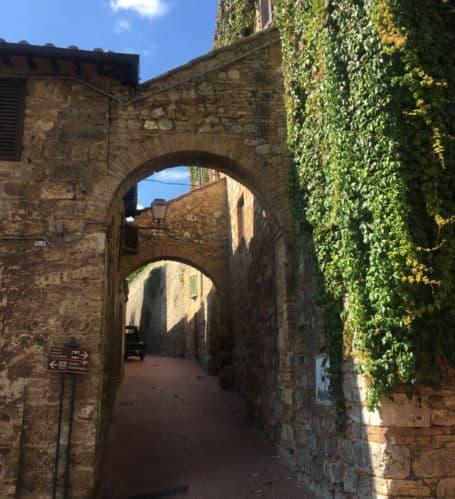 san gimignano italia arcos