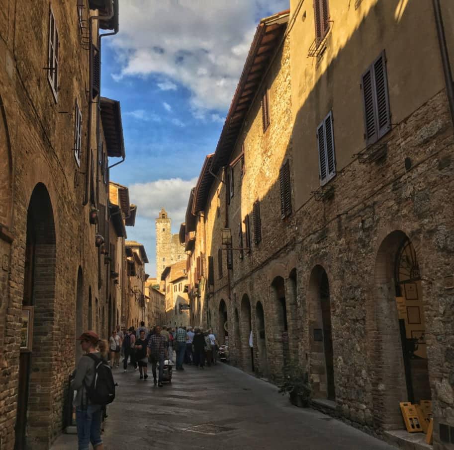 san gimignano italia rua principal