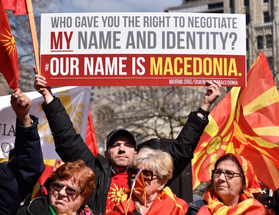 No Canadá, comunidade macedonia protesta pelo direito de usar o nome