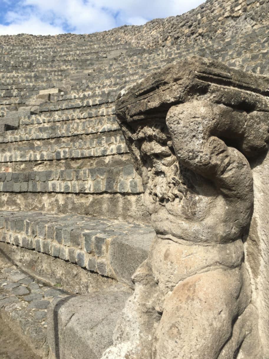 teatro pequeno odeon pompeia italia