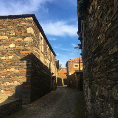 aldeia de xisto em portugal quintandona