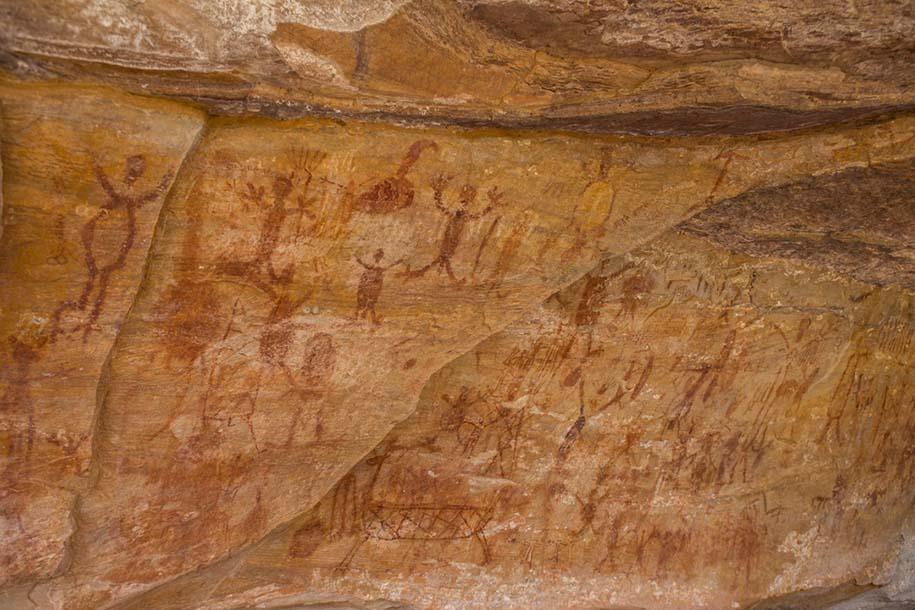 arte rupestre num caverna