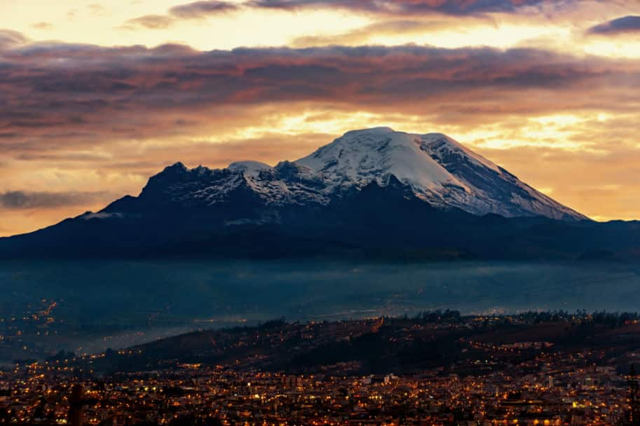 por do sol no vulcao Chimborazo