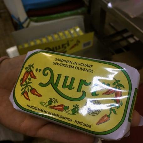 conservas portuguesas lata embalada pronta para exportacao