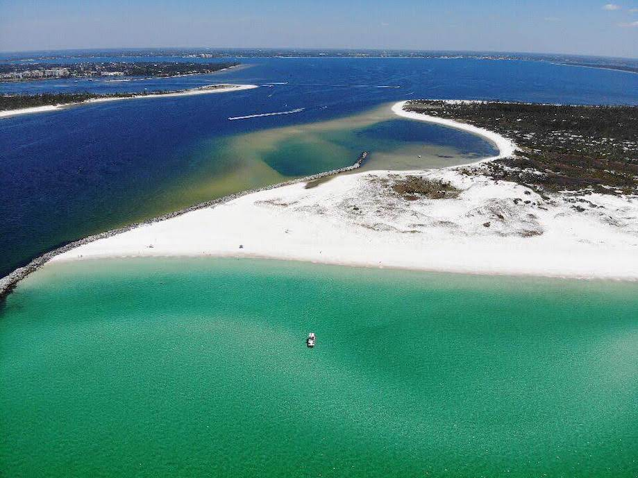 Vista aérea da Shell Island