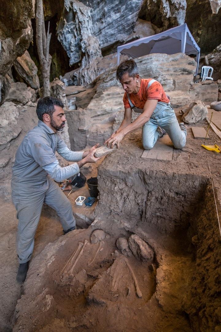 Sítio arqueológico Lapa do Santo, MG
