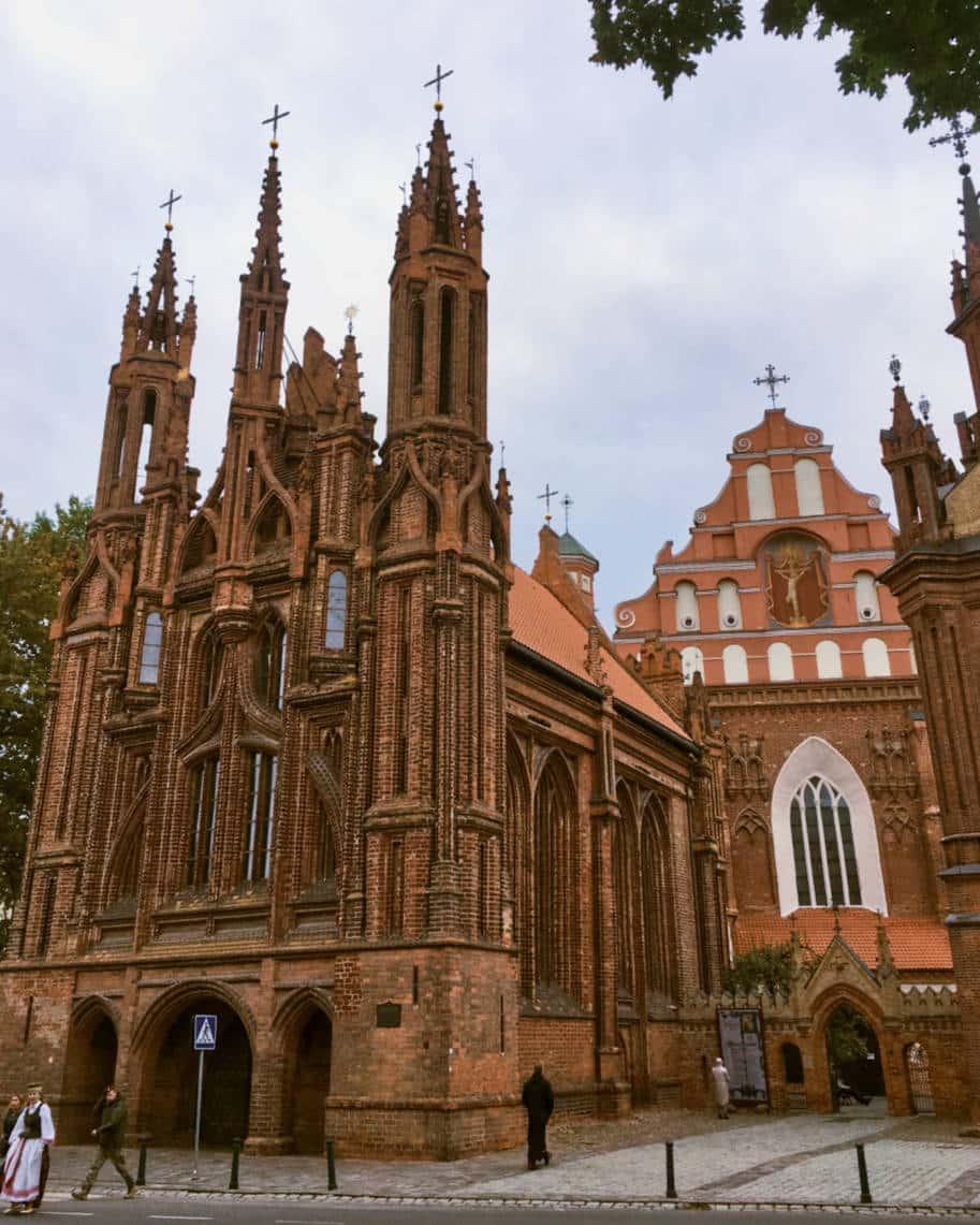 igreja de st anne em vilnius lituania
